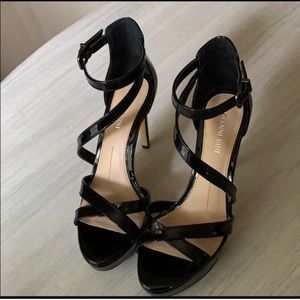 Black strappy heels in excellent condition